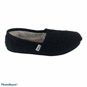 TOMS wool slip-on shoes size 7 black women's